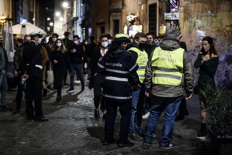 Na zdjęciu: Ulica w rzymskiej dzielnicy Trastevere /ANGELO CARCONI /PAP/EPA