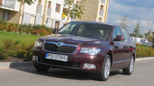 Na zdjęciu wersja Elegance z 2008 r. z silnikiem 1.8 TSI. Wartość rynkowa to około 40 tys. zł (cenę wywinduje wysoki poziom wyposażenia). /Motor