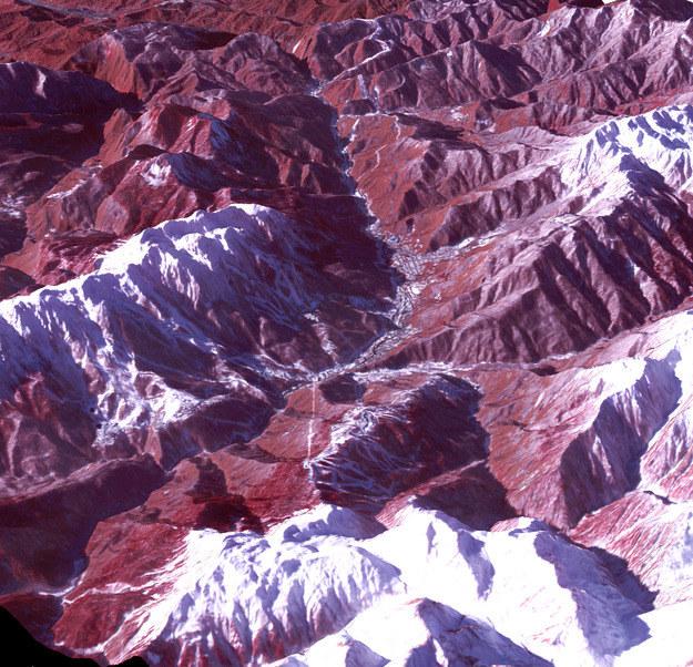 Na zdjęciu widać m.in. trasy alpejskie /NASA
