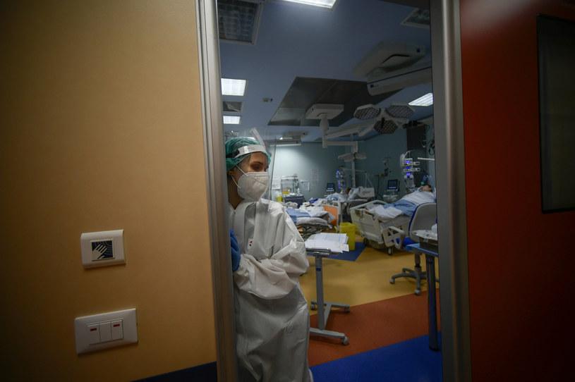 Na zdjęciu włoski szpital w dobie pandemii koronawirusa /AFP