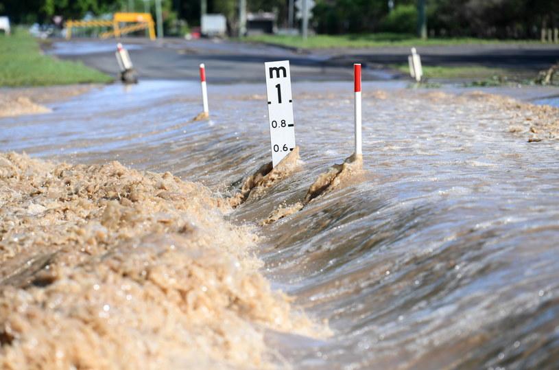 Na zdjęciu wzburzone wody w Dalby, Queensland / DAN PELED /PAP/EPA