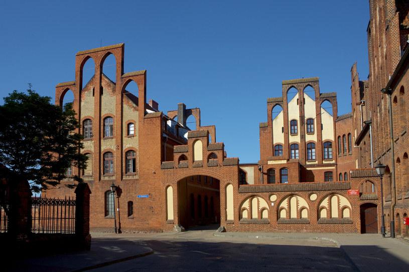 Na zdjęciu: Zespół klasztorny Zgromadzenia Sióstr Miłosierdzia św. Wincentego a Paulo w Chełmnie /Rafał Jabłoński  /East News