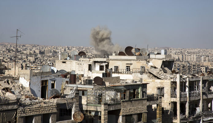 Na zdjęciu: Zniszczone wojną syryjskie miast Aleppo /AFP
