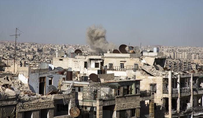 Na zdjęciu: Zniszczone wojną syryjskie miasto Aleppo /AFP