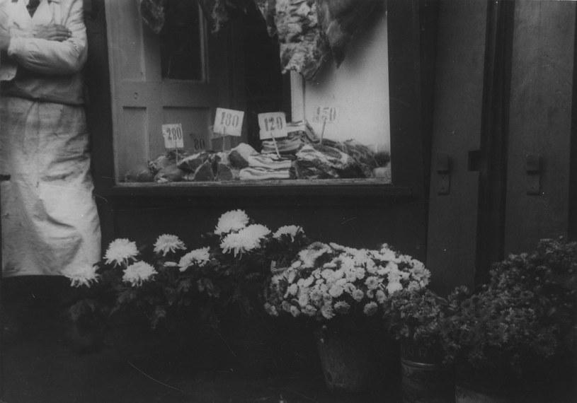 Na zdjętych terenach niemieccy żołnierze wykupowali mięso i tłuszcze z polskich sklepów /domena publiczna