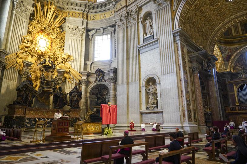 Nabożeństwo Męki Pańskiej w Watykanie /ANDREW MEDICHINI /AFP