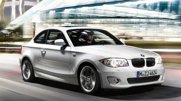 Nabywcy nowych aut nie mogą dziś polegać na fabrycznych danych dotyczących zużycia paliwa. /BMW