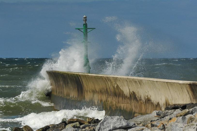 Nad morzem powieje z prędkością 85 km/h - przewidują synoptycy /Gerard /Reporter