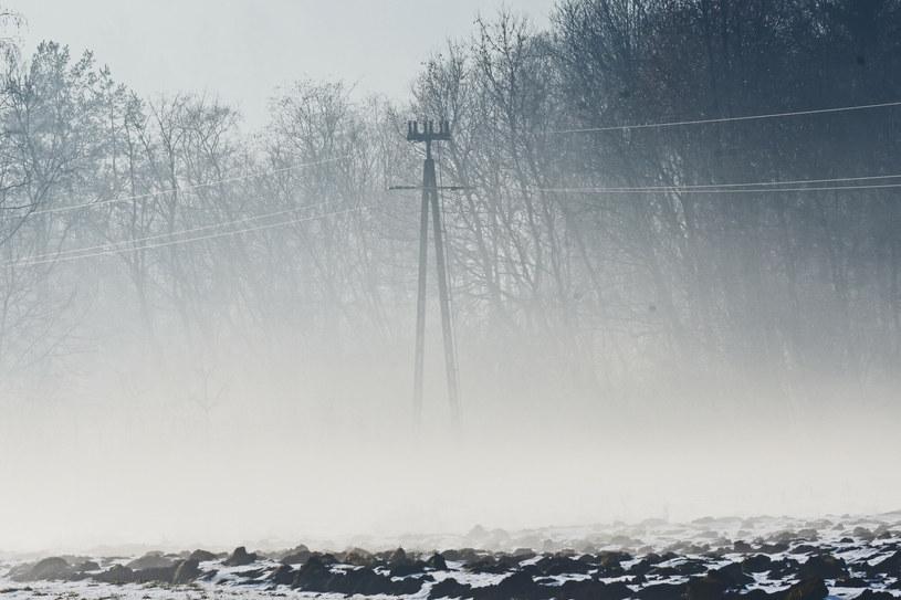 Nad ranem czekają nas mgły /Marek Lasyk/REPORTER  /East News