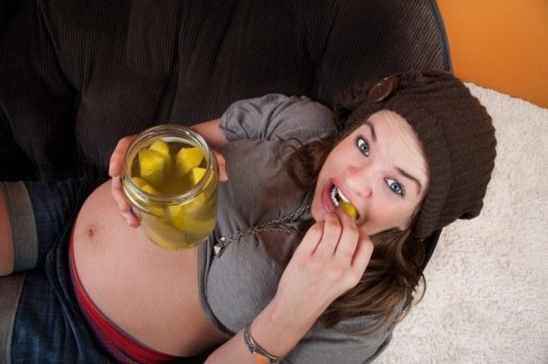 Nad zachciankami w ciąży można zapanować. Sprawdź, jak /BeMam