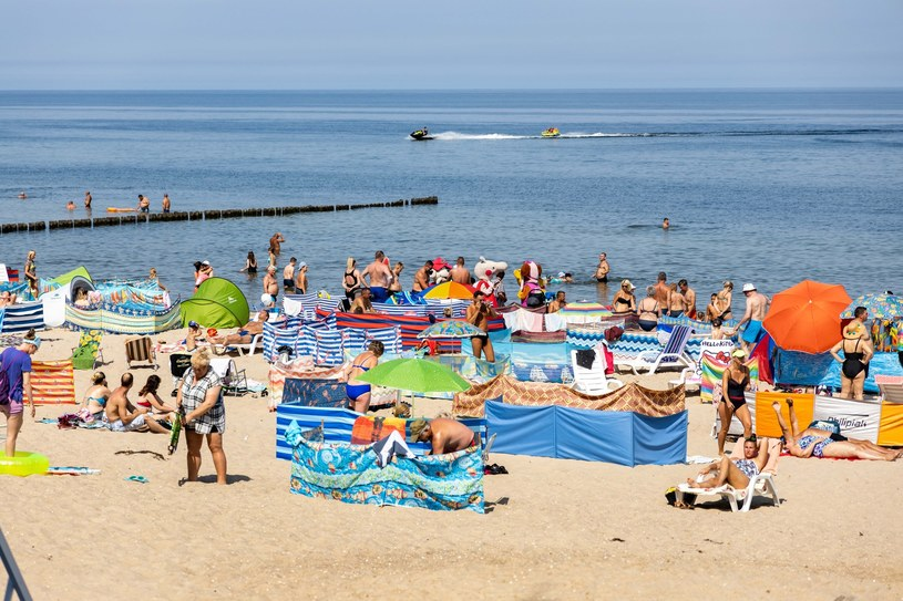 Nadbałtycka plaża, zdj. ilustracyjne /Fot. Robert Stachnik/REPORTER /Reporter