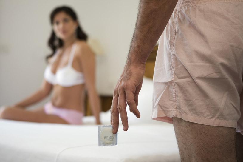 Nadchodzi przełom w dziedzinie antykoncepcji dla mężcyzn /© Glowimages