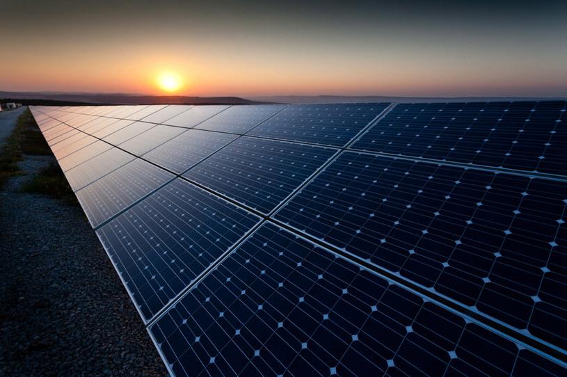 Nadchodzi przełom w magazynowaniu energii słonecznej? /123RF/PICSEL