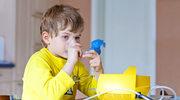 Nadciąga smog. Poznaj sposoby, jak ochronić przed nim dziecko