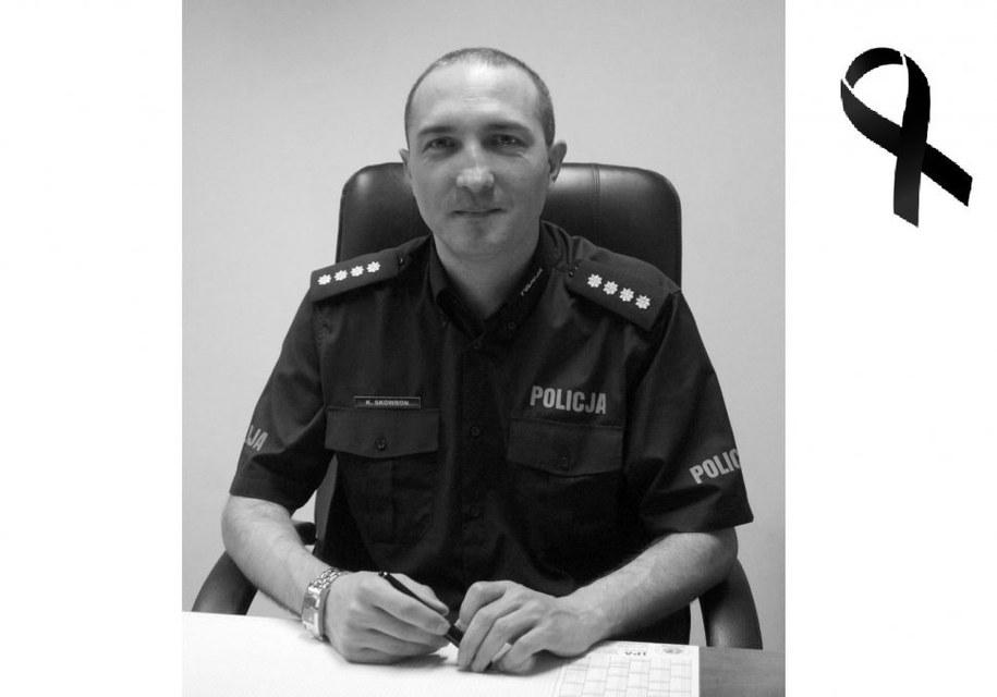 Nadkomisarz Krzysztof Skowron zginął w wypadku /Policja