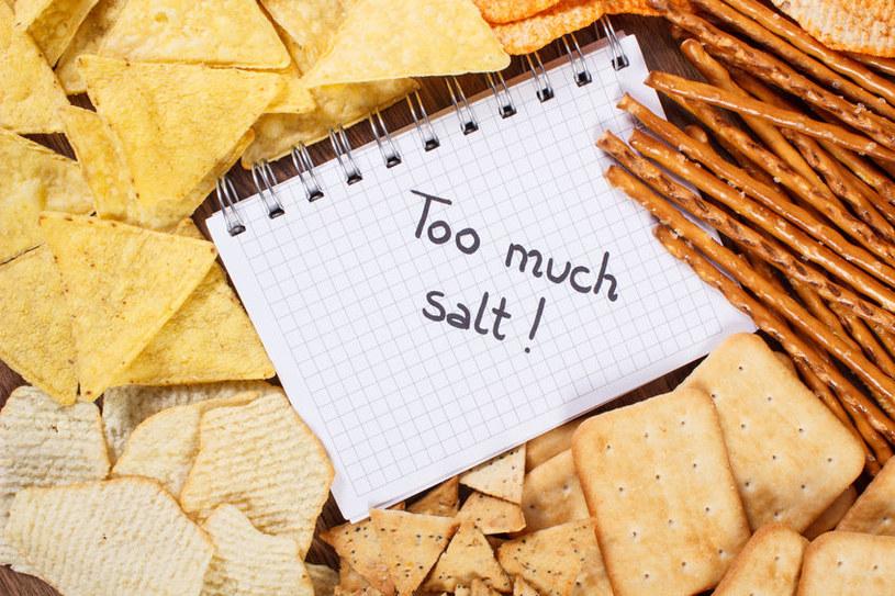 Nadmiar soli w diecie szkodzi zdrowiu /123RF/PICSEL
