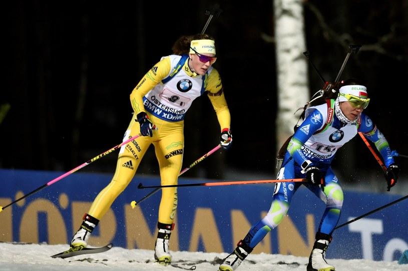 Nadzieja Skardzina (P) i Szwedka Hanna Oberg /AFP