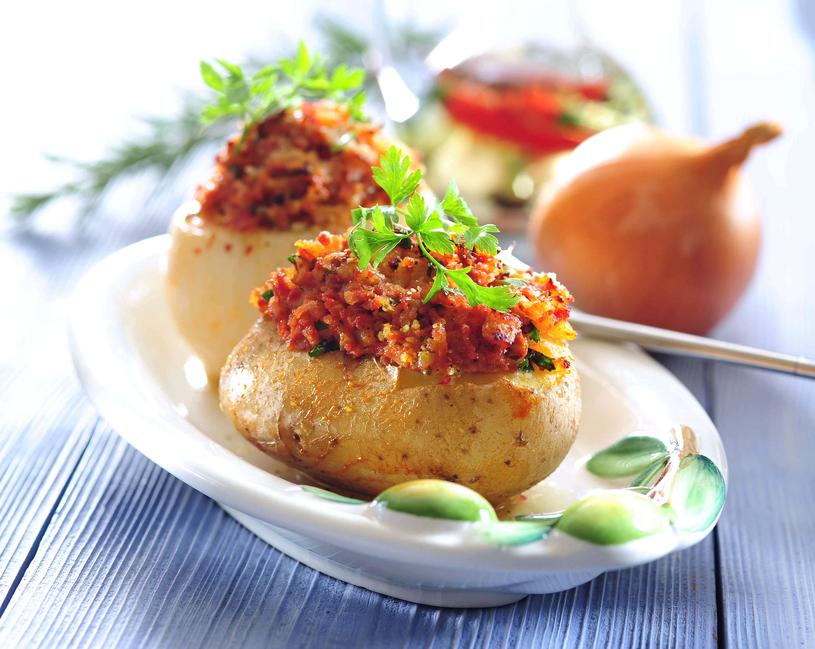 Nadziewane ziemniaki /123RF/PICSEL