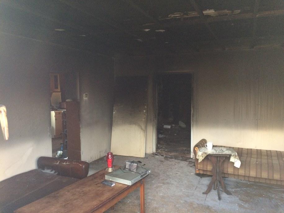 Nadzór budowlany stwierdził, że strawiony przez pożar budynek nie nadaje się do użytku /Adam Górczewski /RMF FM