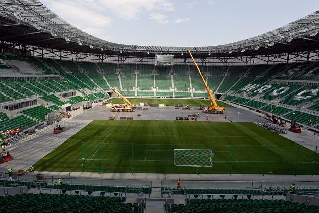 Nadzór budowlany wydał w piątek zgodę na użytkowanie wrocławskiego stadionu. Fot. Maciej Kulczyński /PAP