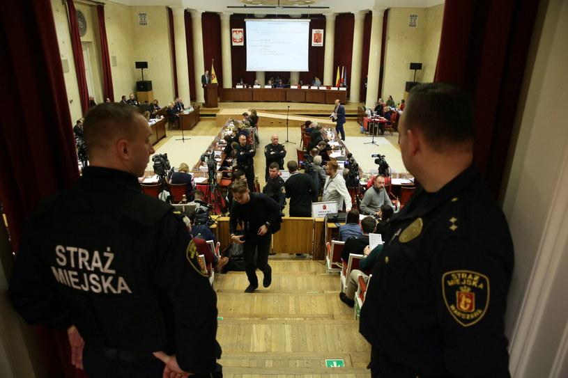 Nadzwyczajna sesja Rady Warszawy /Tomasz Gzell /PAP