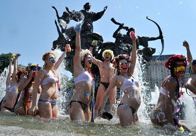 Nagi protest ukraińskich feministek z ruchu Femen /AFP