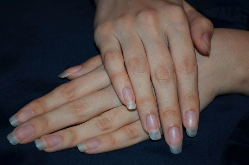 """""""Nagie"""" paznokcie nie podobają się wszystkim /123RF/PICSEL"""