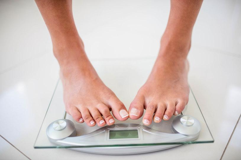 Nagła utrata wagi to nie jest dobry znak. Sprawdź, co to może oznaczać /123RF/PICSEL