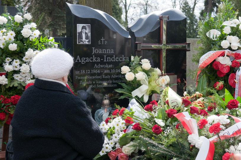 Nagrobek mec. Agackiej-Indeckiej, ofiary katastrofy smoleńskiej /LUKASZ SZELAG/REPORTER /East News