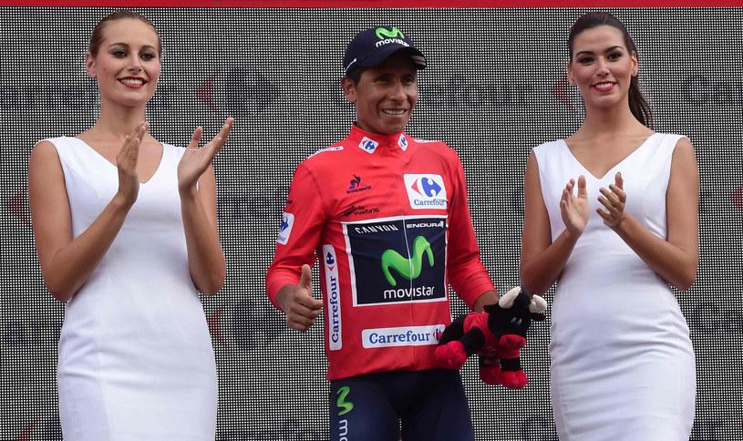 Nairo Quintana i piękne panie /AFP