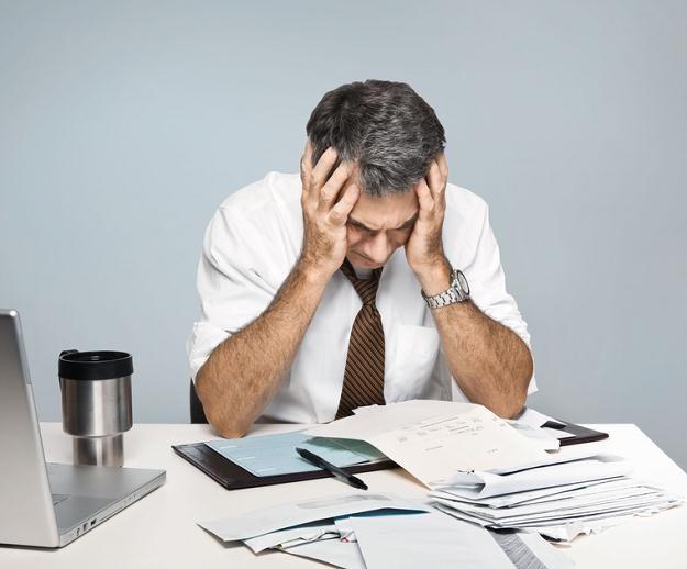 Najbardziej naturalną konsekwencją poślizgu w spłacie jest naliczenie przez bank karnych odsetek /© Panthermedia