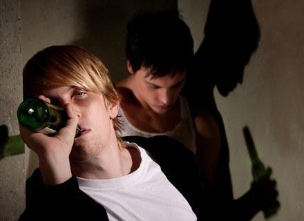 Najbardziej odporne na pokusę przedawkowania alkoholu są nastolatki /© Panthermedia