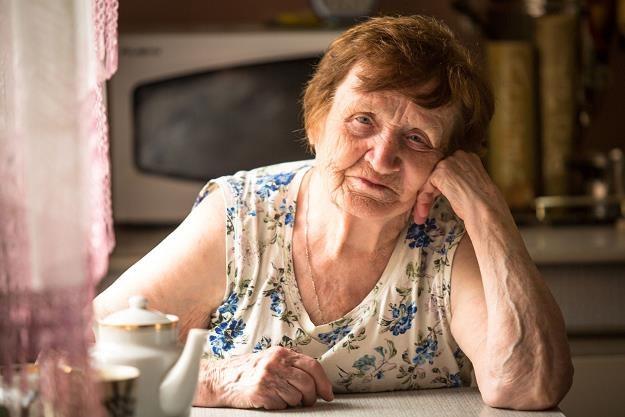 Najbiedniejsi emeryci i renciści dostaną po 400 zł /©123RF/PICSEL