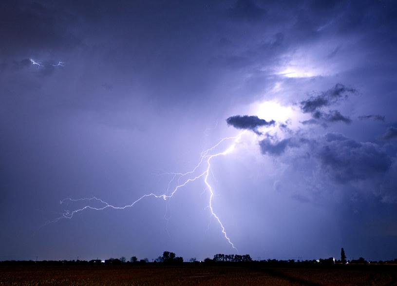 Najbliższe dni będą burzowe /123RF/PICSEL