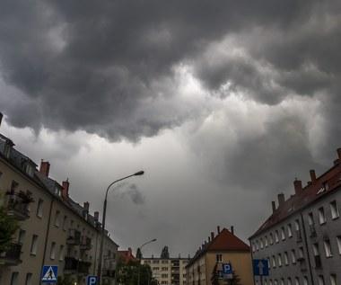 Najbliższe dni pod znakiem deszczu i burz. Prognoza pogody