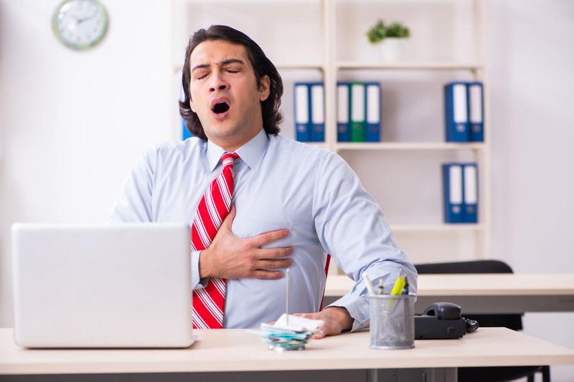 Najczęściej na chorobą niedokrwienną serca zapadają mężczyźni po 45. i kobiety po 55. roku życia /123RF/PICSEL