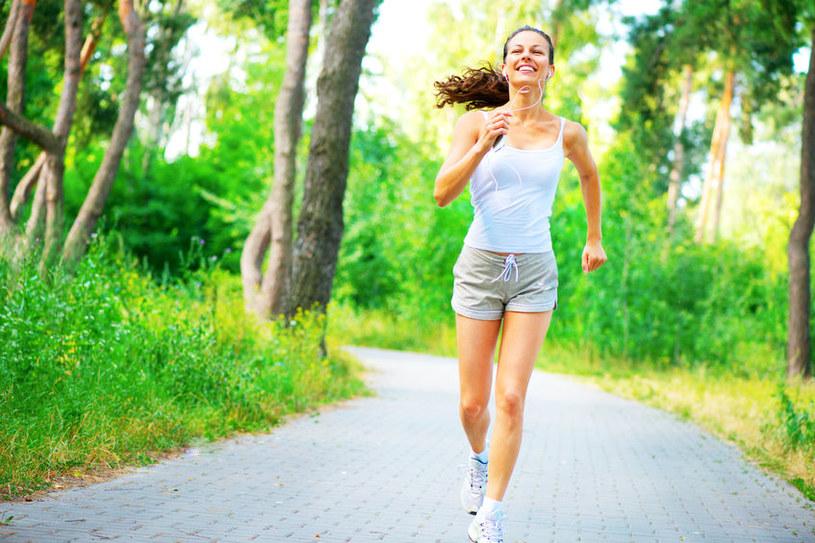 Najczęstsze błędy podczas biegania /©123RF/PICSEL