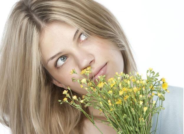 Najczęstsze objawy przesilenia wiosennego to m.in.: ból głowy, senność, zmęczenie /© Panthermedia