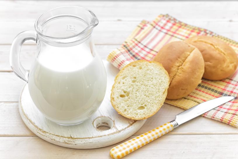 Najczęstszym typem nietolerancji są: na mleko (laktozę) oraz gluten (pszenicę) /123RF/PICSEL