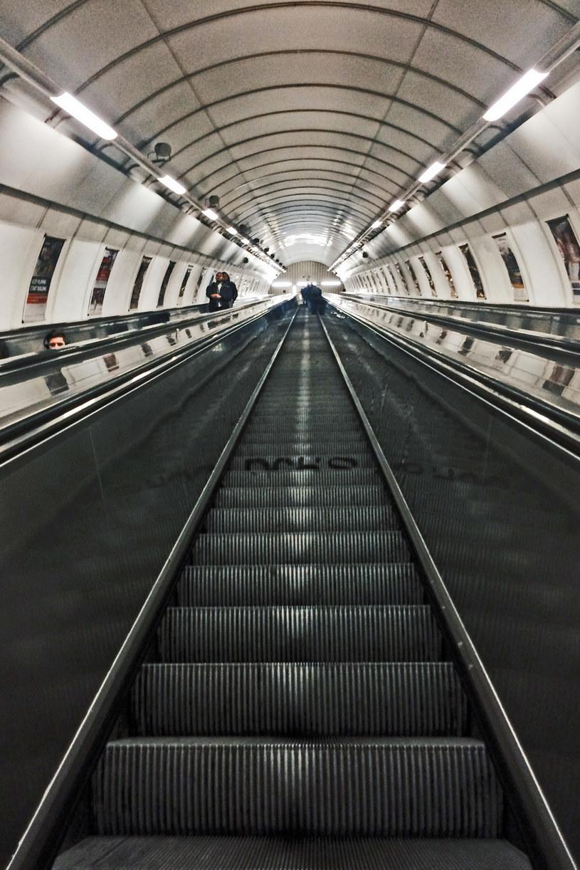 Najdłuższe ruchome schody w Europie, stacja metra Namesti Miru w Pradze /Fot. Justyna Mastalerz /
