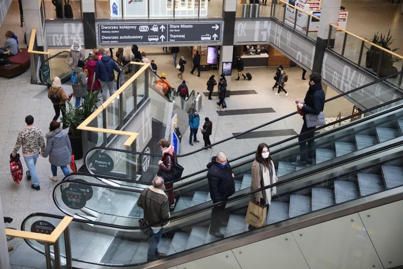 Najemcy centrów handlowych wycofują się z przedłużanych umów najmu... /OSKAR NOWAK/ POLSKA PRESS /Getty Images