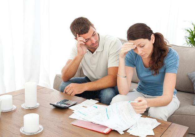 Najlepiej, aby suma rat kredytów przeciętnego Polaka pochłaniała najwyżej 20-25 proc. dochodów /© Panthermedia