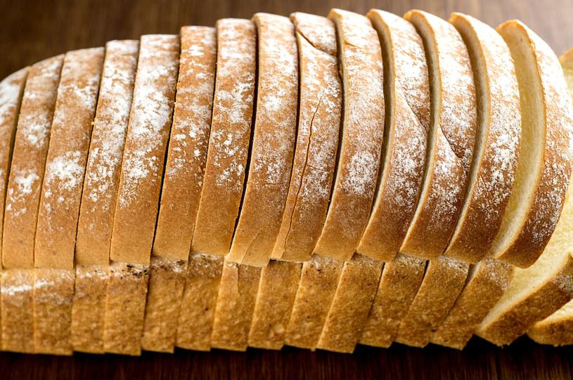 Najlepiej kupować pieczywo w małych, lokalnych piekarniach /123RF/PICSEL