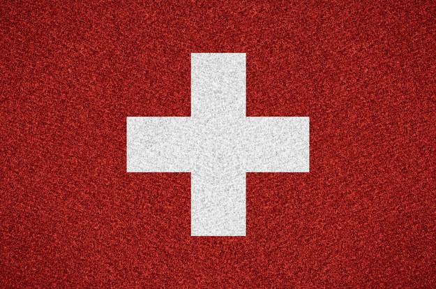 Najlepiej zarabia się w Szwajcarii /123RF/PICSEL