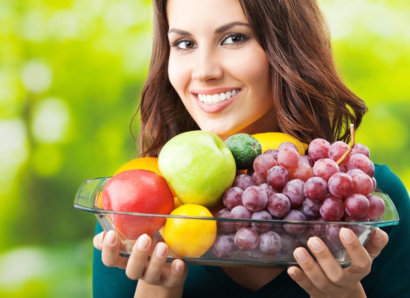 Najlepsza dieta na lato obfotuje w świeże warzywa i owoce /123RF/PICSEL