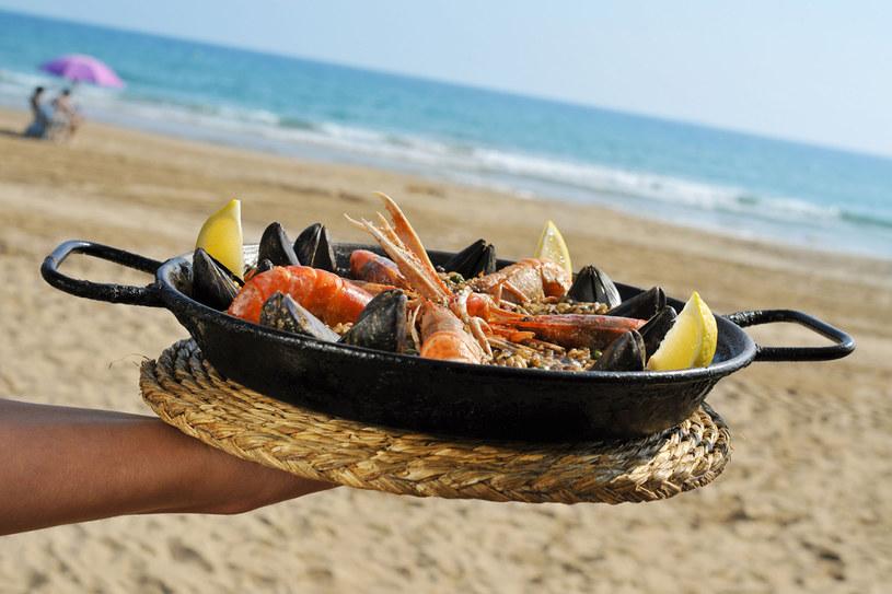 Najlepszą paellę zjesz w Walencji /123RF/PICSEL
