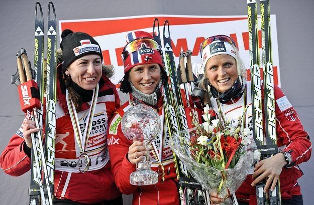Najlepsza trójka sezonu: Justyna Kowalczyk, Marit Bjoergen i Therese Johaug /PAP/EPA
