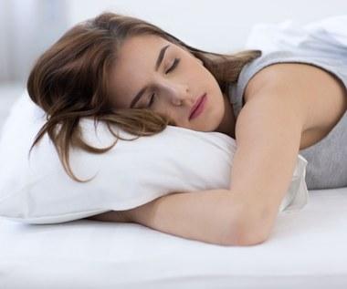 Najlepsze i najgorsze pozycje snu i ich wpływ na zdrowie