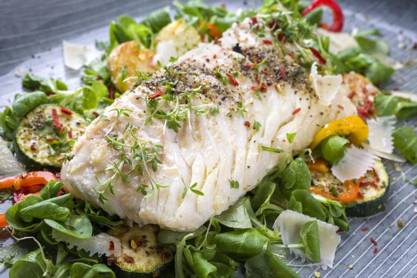 Najlepsze przyprawy i zioła do ryb /©123RF/PICSEL