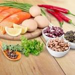 Najlepsze źródła białka w diecie mięsnej, wegetariańskiej i wegańskiej